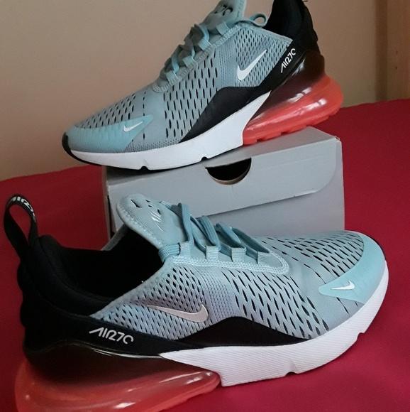 Women's Nike Air Max 270 Ocean Bliss Size 9